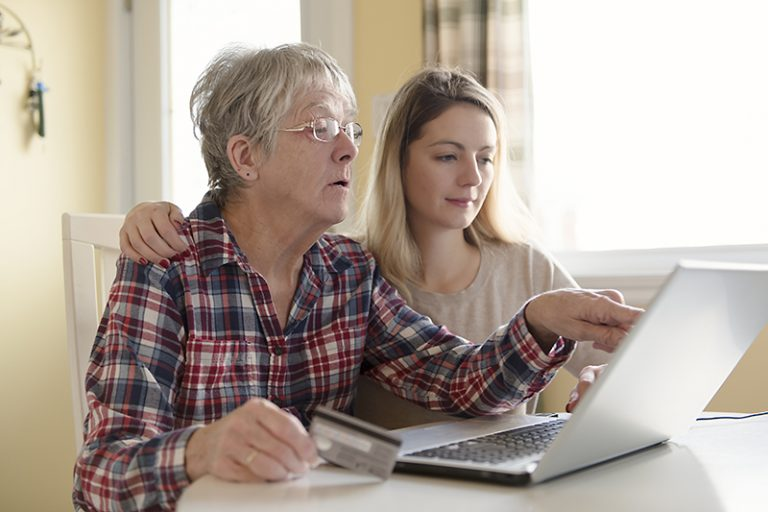 knowing how to help elderly parents with finances